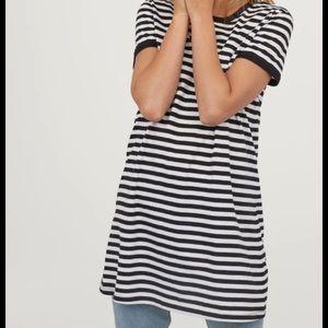 Dresses & Skirts - H&M Striped T-Shirt Dress